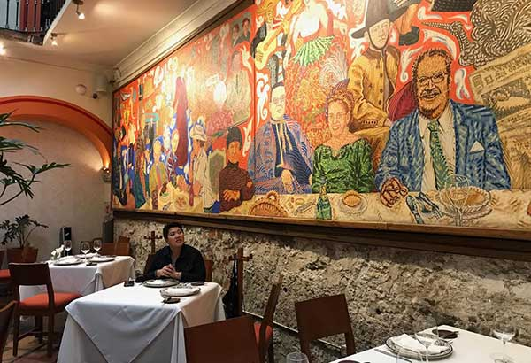 Welcome to puebla travel and tourism lifestyle features for El mural restaurante puebla