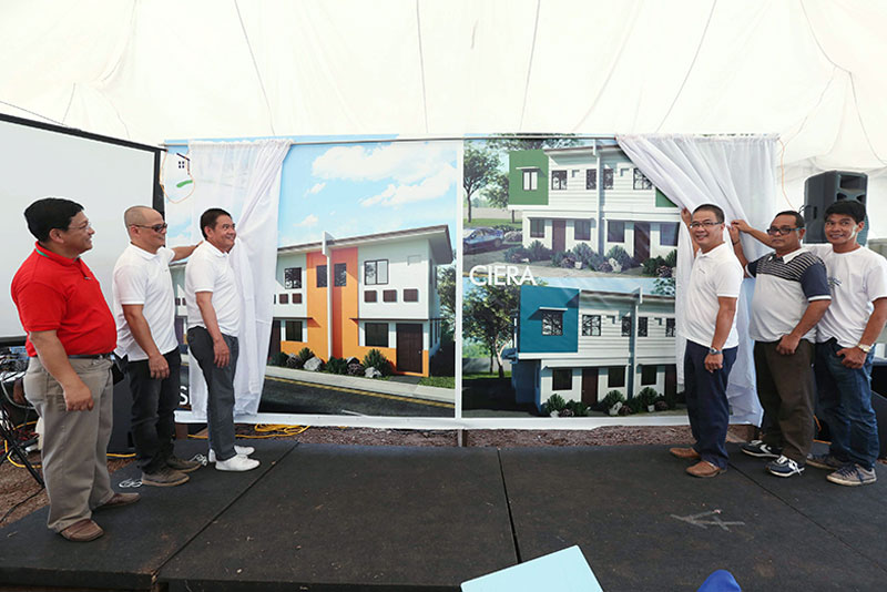 In photo during the ceremonial unveiling of Promesa Pila are (from left): Calmarland Laguna branch head Jose Allan Bacalandra, national sales head Emmanuel Pablo, president and CEO Reynaldo Calayan, Dennis Villavecer of the Office of the Provincial Governor, Calmarland COO Raymundo Alonso and Brgy. Bagong Pook chairman Florentino Vergara. BOY SANTOS
