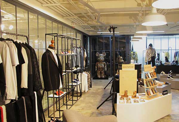 Distinqt offers full pre-fall lines at their Salcedo Village pop-up before Distinqt Black opens in October at Shangri-La at The Fort.