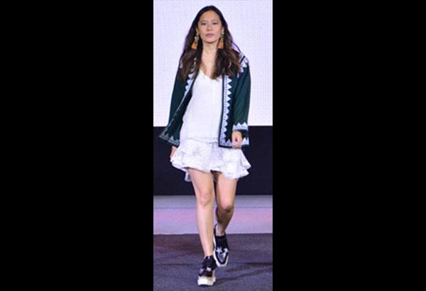 e8de8dac132 How to wear FilipiNiana every day