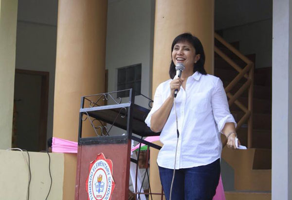 Liberal Party vice-presidential candidate Rep. Leni Robredo said she does not subscribe to Davao City Mayor Rodrigo Duterte's leadership style. File photo