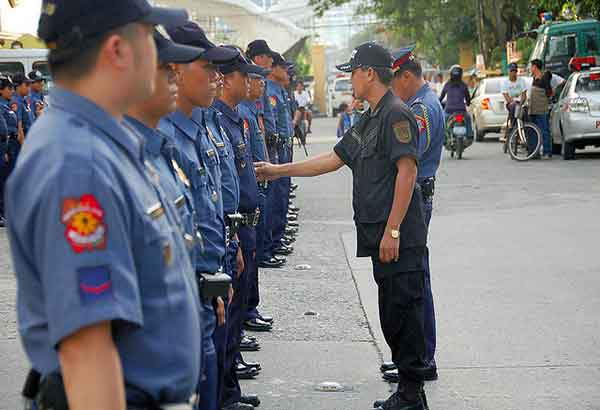 NCRPO director Chief Supt. Oscar Albayalde said the police personnel would be deployed in the cemeteries two days before All Saints' Day to maintain peace and order and ease traffic congestion. File photo