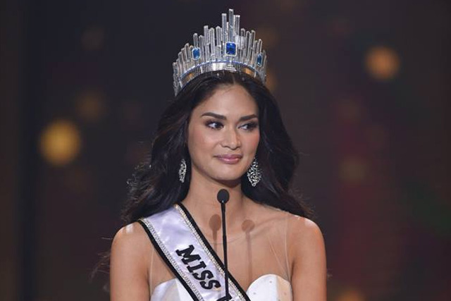 Pia Wurtzbach delivered her last speech as Binibining Pilipinas-Universe at the Binibining Pilipinas coronation night held Sunday, April 17 at the Smart Araneta Coliseum. Philstar.com/Efigenio Toledo IV