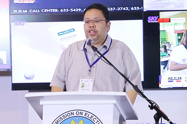 Comelec spokesman James Jimenez projected an increase in the number of registrants as many students start returning to their provinces after many schools wrap the academic year. Philstar.com/Efigenio Toledo IV