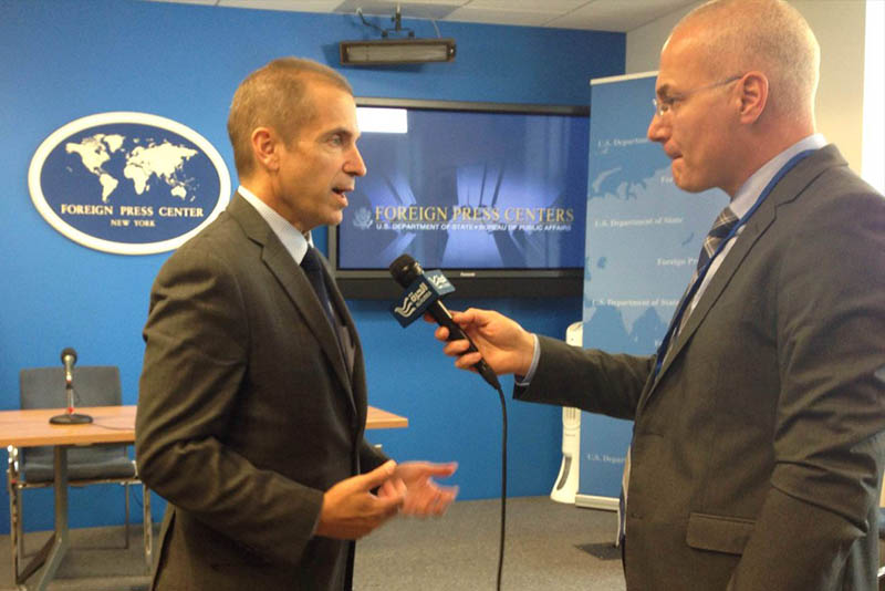 In this Sept. 20, 2016 photo, US State Department deputy spokesperson Mark Toner talks to a journalism on Russia's responsibility to ensure Syria complies with ceasefire terms. Twitter/Mark Toner
