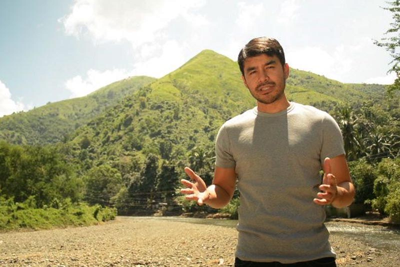 Television personality Atom Araullo is the host of a new reality series on AXN. ABS-CBN/Released