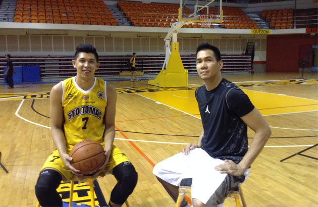 """""""I'm home,"""" former UST Growling Tiger Cyrus Baguio (right) pronounced as current UST swingman Kevin Ferrer reached for his hand in a mano gesture. The two were to star in a video shoot for Gatorade's new Legacy campaign."""
