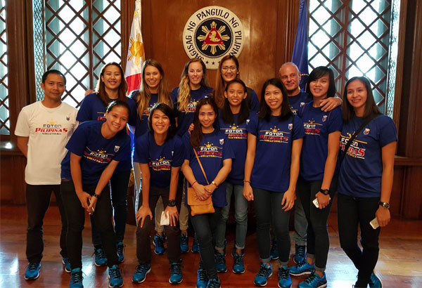 Foton Pilipinas during their courtesy call to President Rodrigo Duterte last August 30. Fabio Menta (third from right,) steered Foton to a seventh place finish in the 2016 Asian Women's Club Championship.