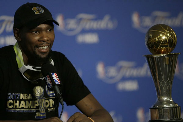 Durant's epic Game 3 victor swiftly on display at Warriors HQ