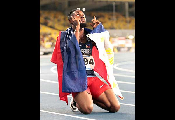 Cray retains 400-m hurdles title but loses in 100-m dash