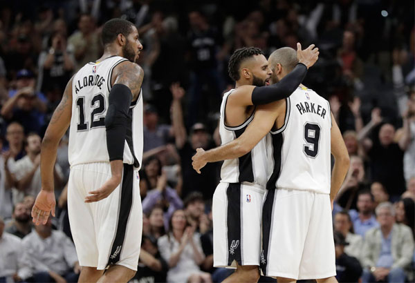 Spurs taking cautious approach to Parker, Gay