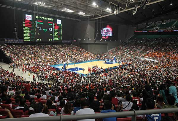 HOOPS NATION: A PBA Finals record crowd of 36,445 at the Philippine Arena watched Game 5 of the Governors Cup championship Sunday with a new mark expected to be set as the crowd favorite Barangay Ginebra Gin Kings gear up for the clincher tomorrow. JUN MENDOZA