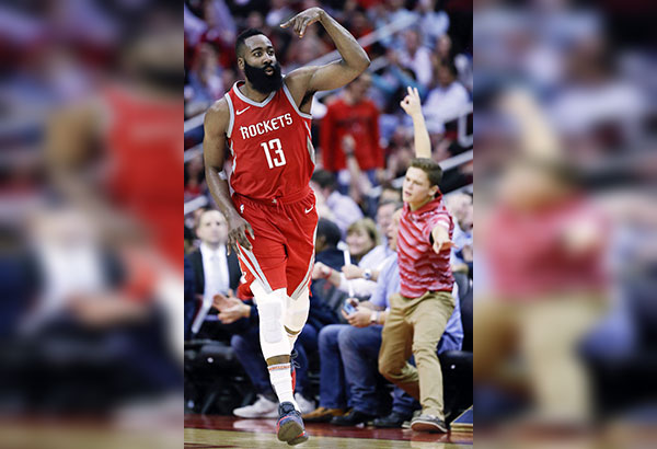 Chris Paul creates National Basketball Association history as Rockets keep winning streak alive
