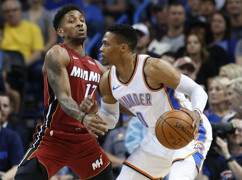 Westbrook's 17-point 4th quarter leads Thunder past Heat