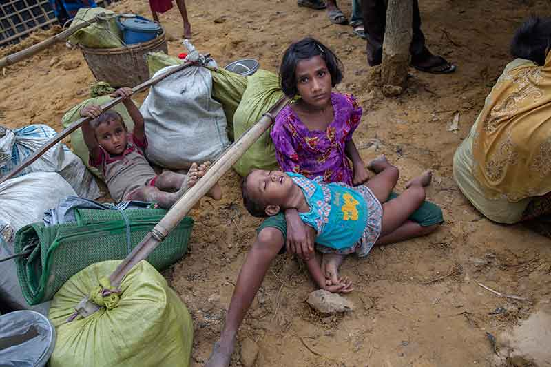 China urges world to help Rohingya