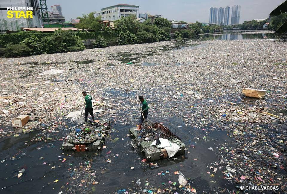 TINGNAN: Ilog ng basura sa Mandaluyong City
