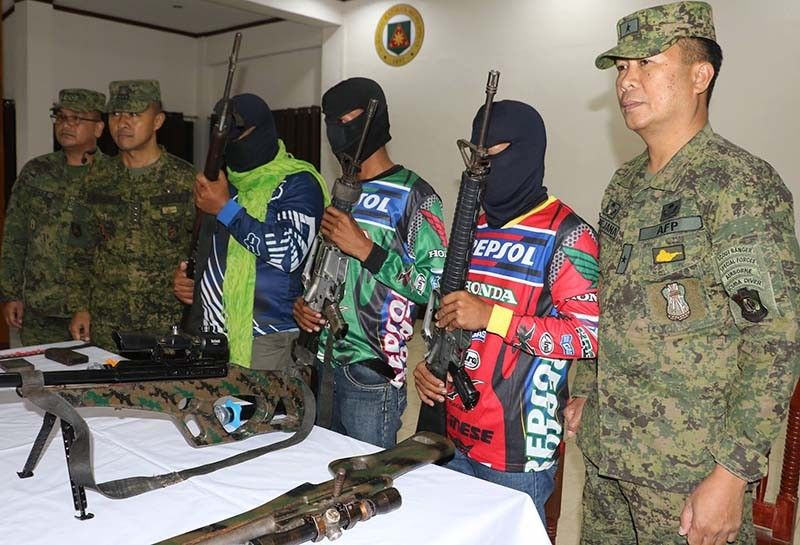 3 BIFF members surrender to military in Maguindanao