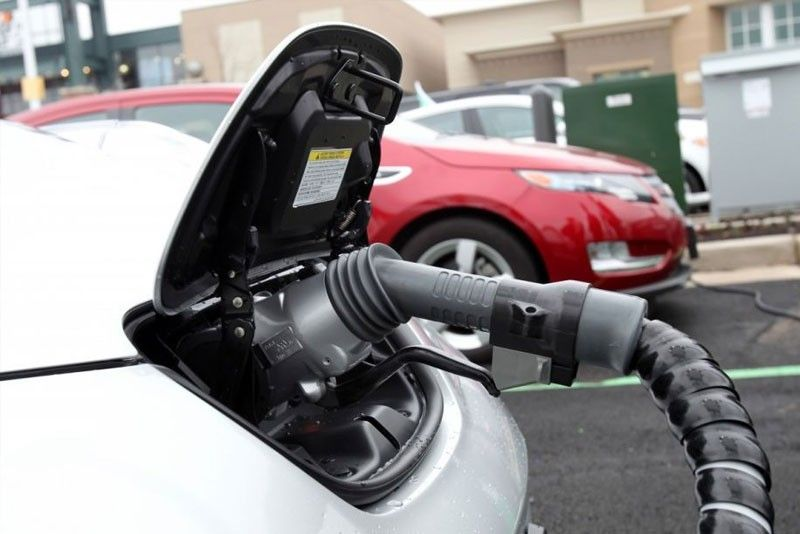 Senate urges DOE to craft roadmap for electric vehicles