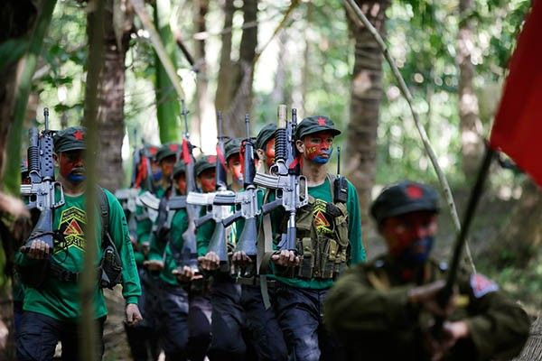 Reds see Philippine-US ties troubling peace deal