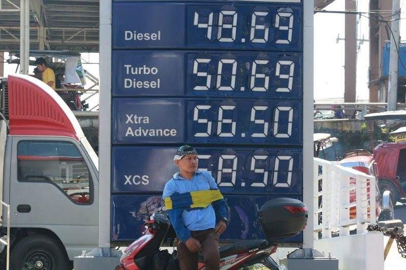 House panel tackles scrapping of fuel tax hike