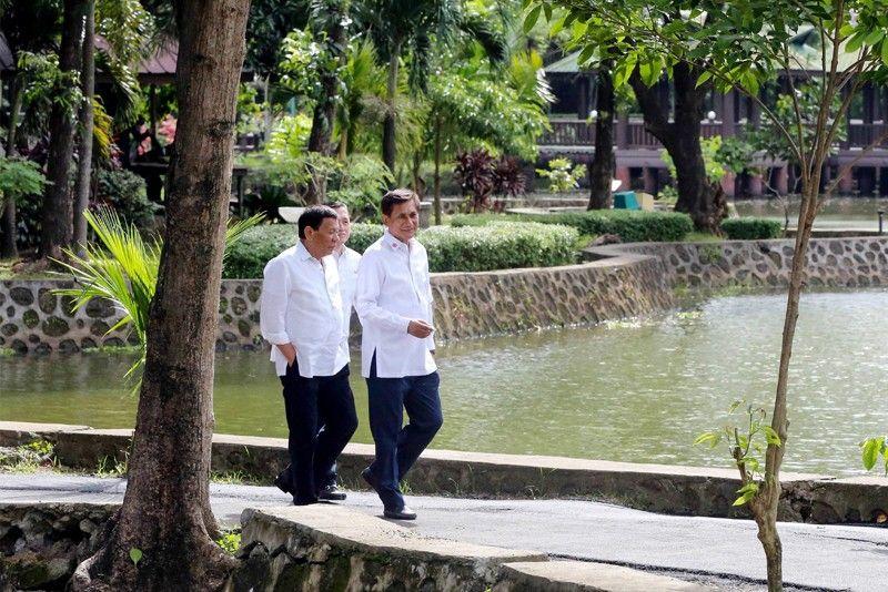 Boracay no longer a cesspool, may reopen October 26