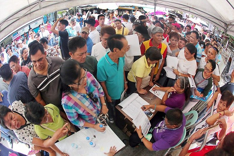 Day 1 of certificates of candidacy filing yields high turnout