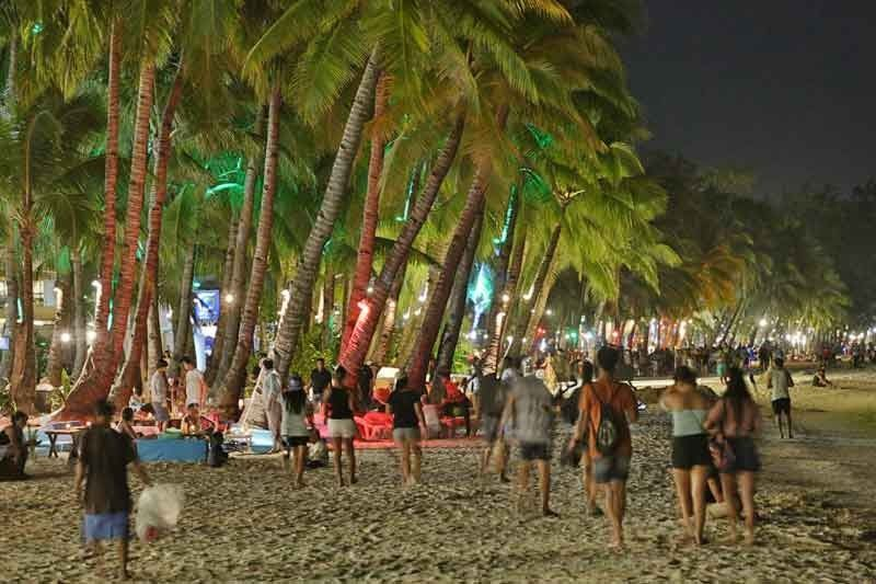 DOT bans parties, smoking, drinking in Boracay