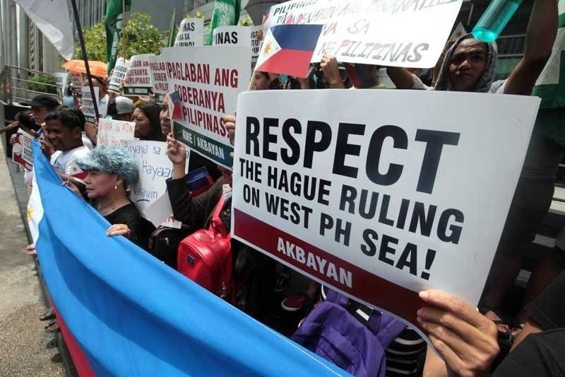 Presidential spokesman Harry Roque made this clear as he reiterated the administration�s position that it would not give up an inch of the country�s territory.