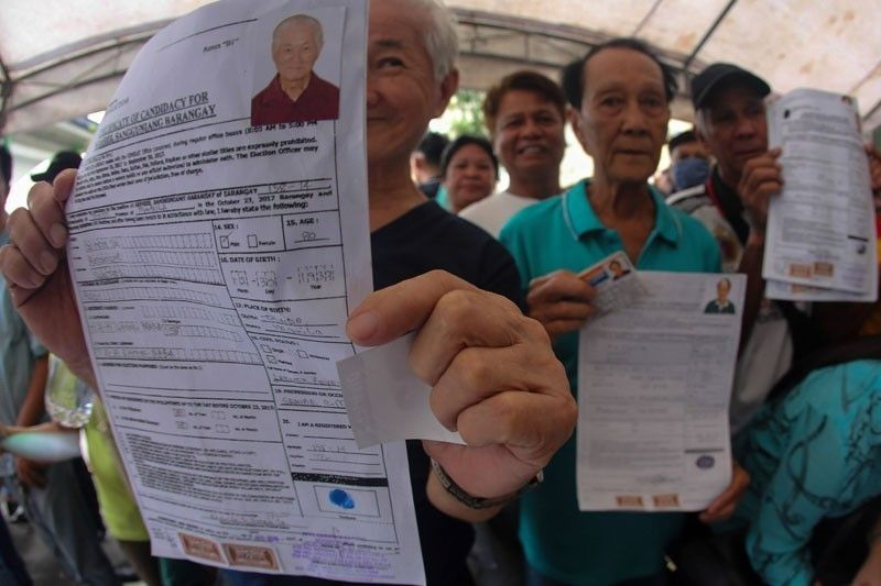 17 000 File Certificates Of Candidacy For Barangay SK Polls