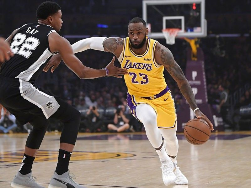 buy online 222d2 44002 Spurs rally in OT to keep Lakers winless with LeBron ...