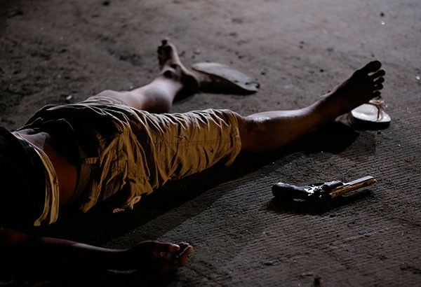 2 drug suspects, 3 others shot dead