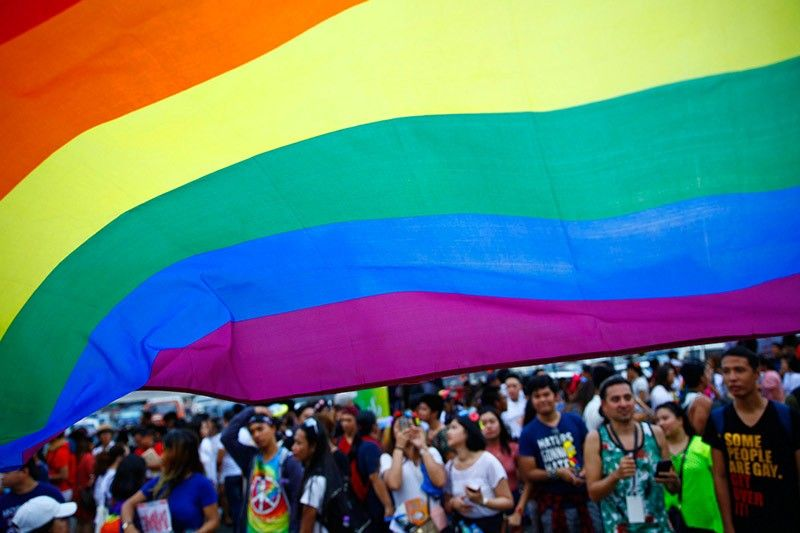 Palace: With Pope's backing, no more reason for Catholic solons to oppose same-sex civil unions