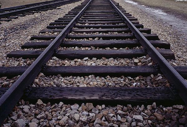 Chinese complaint: $200 M, still no railway