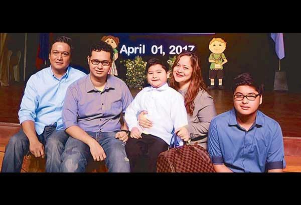Manilyn Reynes And Husband Aljohn Jimenez With Their Sons Kyle Kael Kirk We Are Raising Our Children To Be Considerate Compionate Sensible But