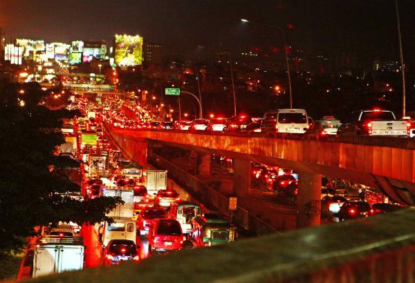 DPWH unveils P107-B traffic decongestion plan