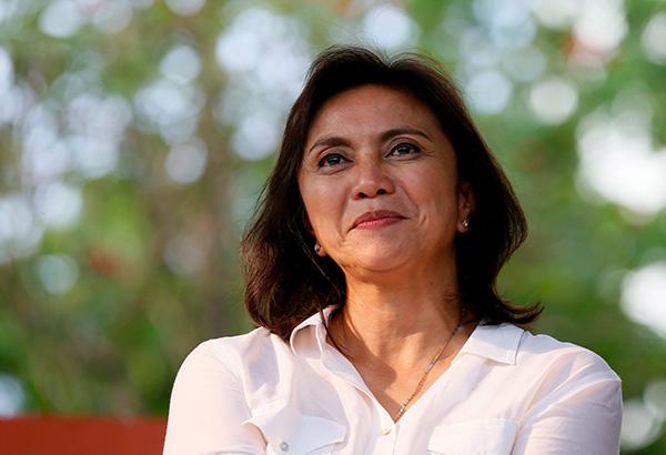 """Hunyo 2016 nang makuha ni Bise Presidente Leni Robredo ang pinakamataas niyang trust rating na +63 na isa ring """"very good.""""AP/Bullit Marquez, file photo"""