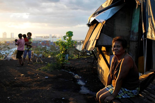 Self-rated poverty slightly up in Q3 �SWS
