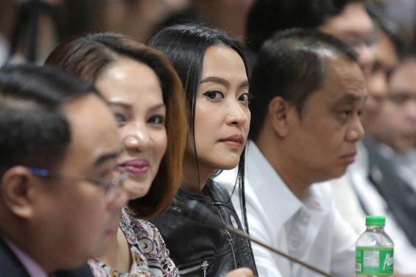 Stars react to Mocha Uson�s resignation