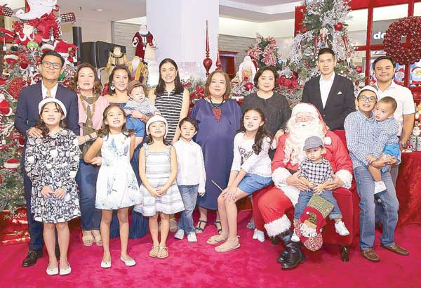 Christmas at Rustan�s is about happiness, nostalgia and family