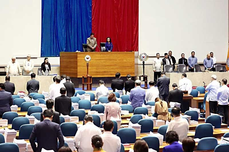 Congress OKs 1 more year of martial law