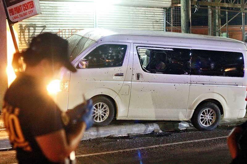 Cebu town mayor survives ambush; husband, 2 others slain