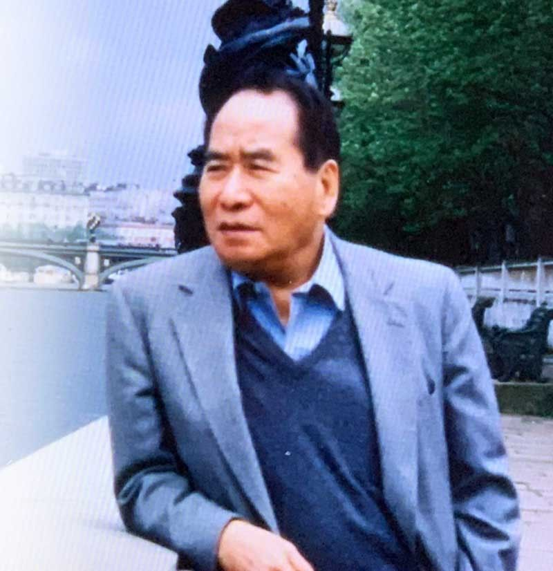 Conversations with the late Henry Sy Sr.: The Shoe Expert, The Dreamer, The Foodie