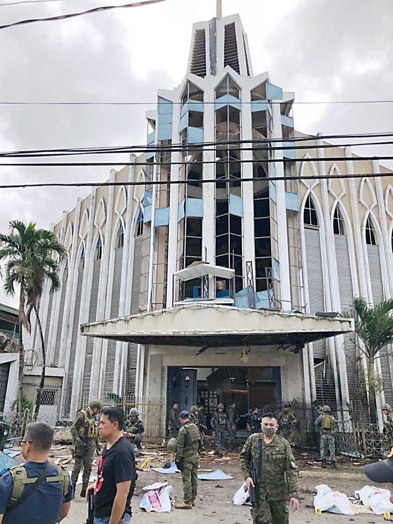 Sulu cathedral bombed; 20 killed, over 80 wounded in Sunday mass