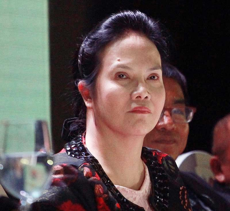 PAO chief Persida Acosta on vaccine scare: 'Don�t look at me'