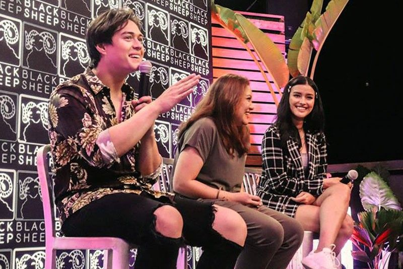 Direk Antoinette: Once upon a campus life