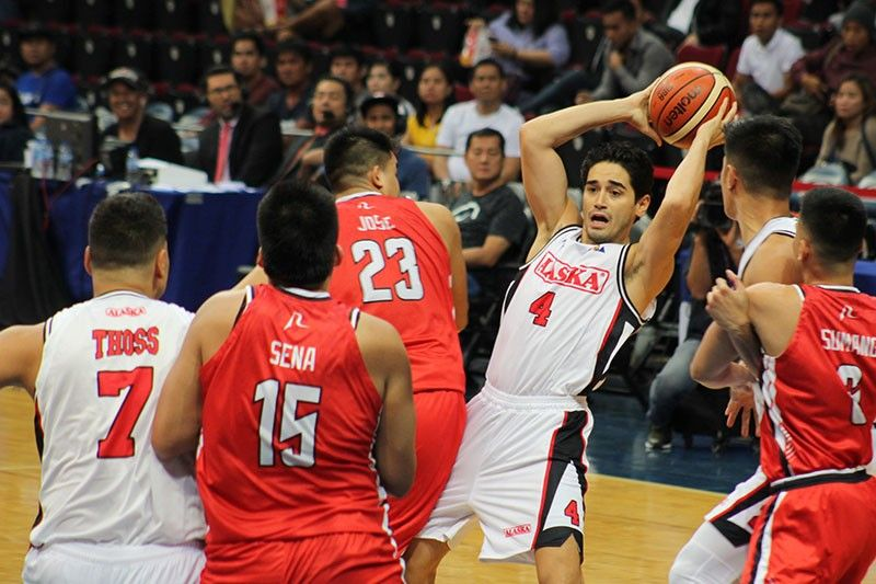 Compton raves over Bancheo's 16 assists in Alaska win over Blackwater
