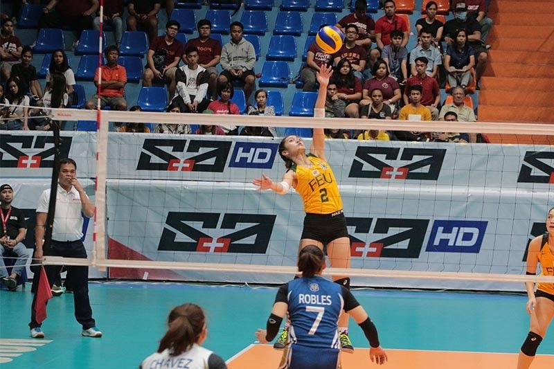 FEU weathers scrappy NU squad for first win