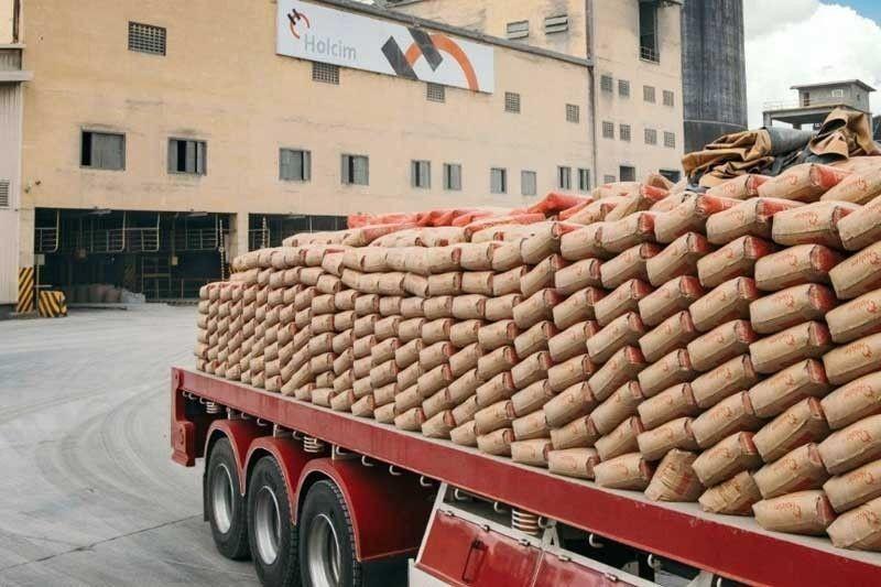 Ramon Ang�s Eagle Cement makes bid for Holcim