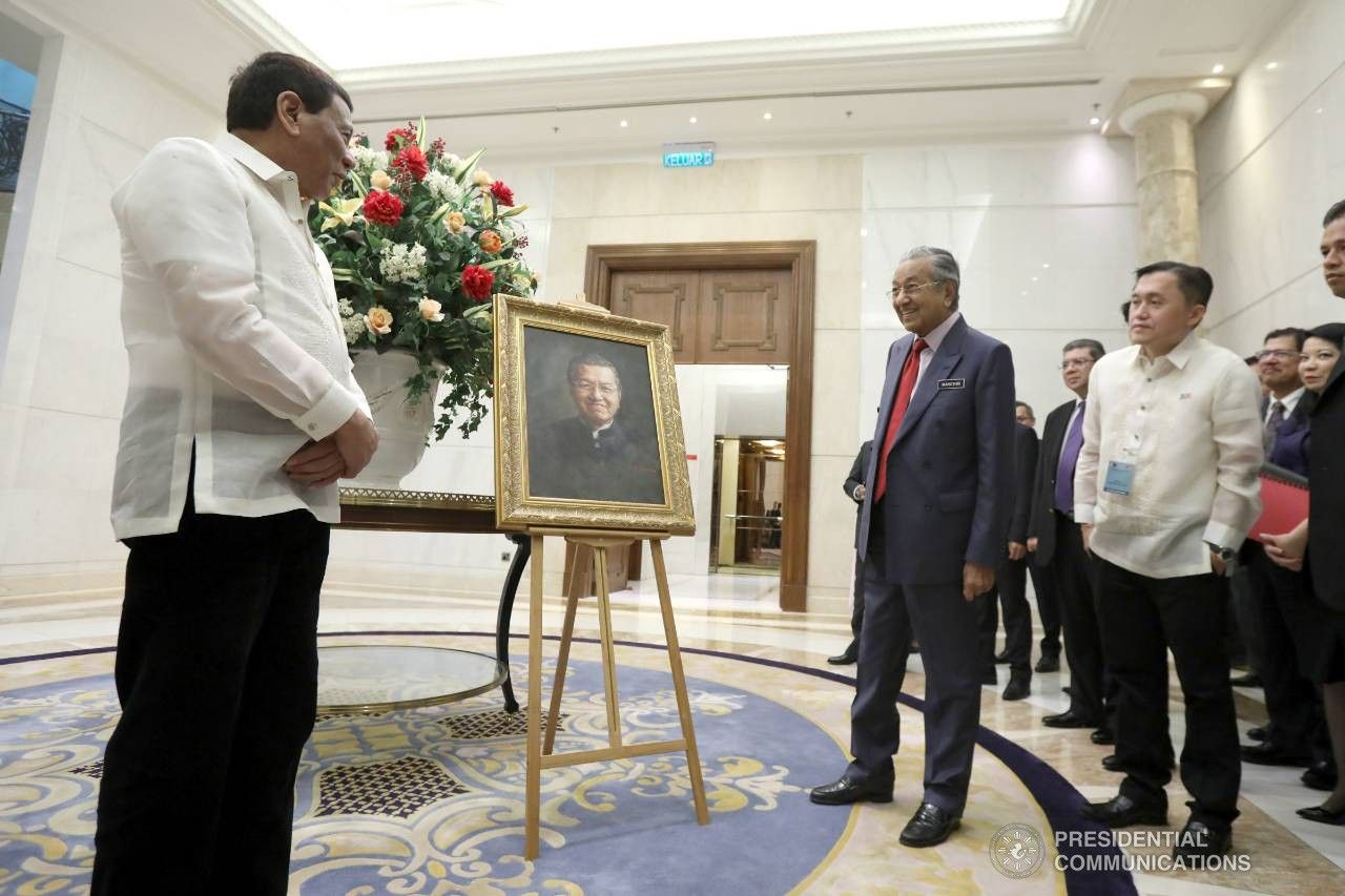 Mahathir warns Philippines against foreigner influx