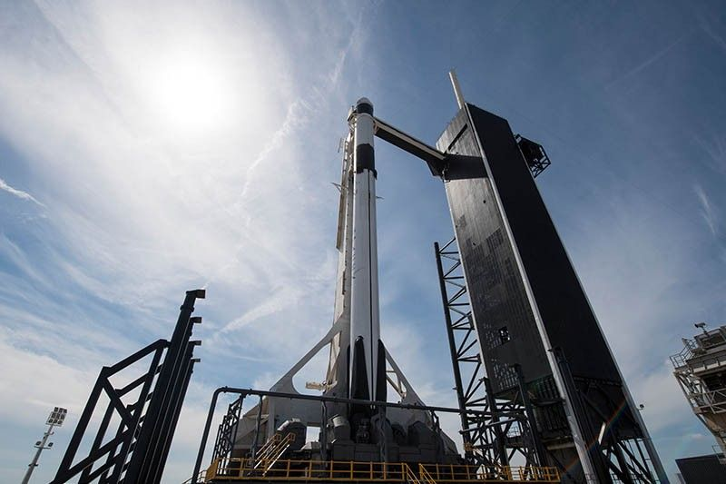 SpaceX capsule on big mission begins return to Earth